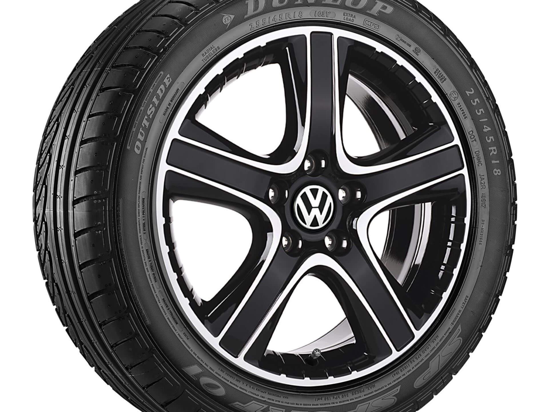 "18"" Black Dakar alloy wheel"