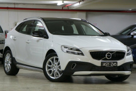 Volvo V40 Cross Country T5 Adap Geartronic AWD Inscription M Series MY17