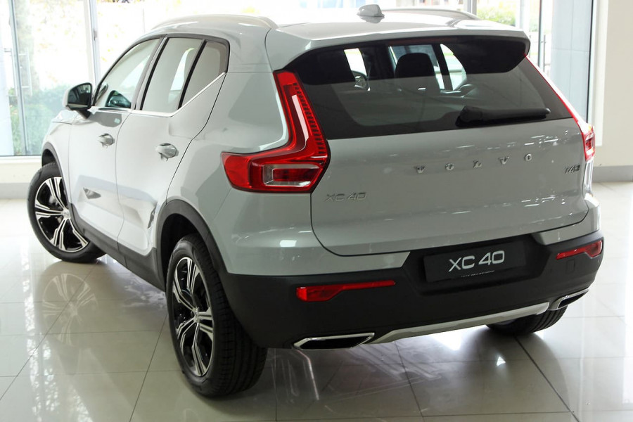2019 MY20 Volvo Xc40 (No Series) MY20 T4 Inscription Suv Mobile Image 2