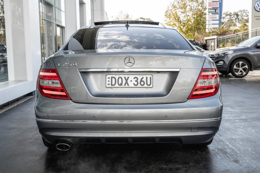 2011 Mercedes-Benz C-class BlueE