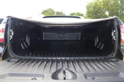 2013 Holden Ute VF MY14 SV6 Utility Image 5