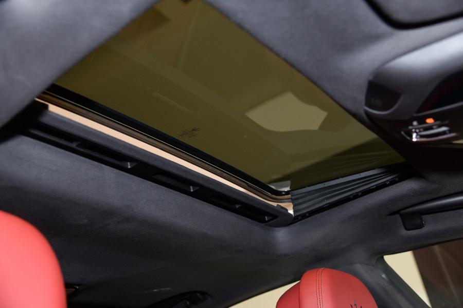 2019 Maserati Ghibli Sedan