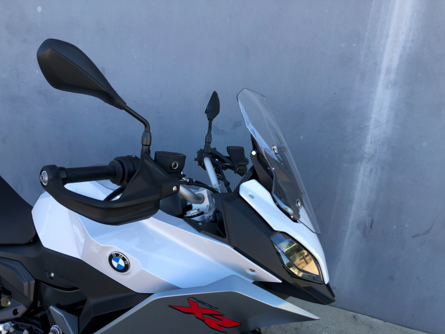 2020 BMW F900 XR Motorcycle Image 25