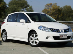 Nissan Tiida TI C11 S3