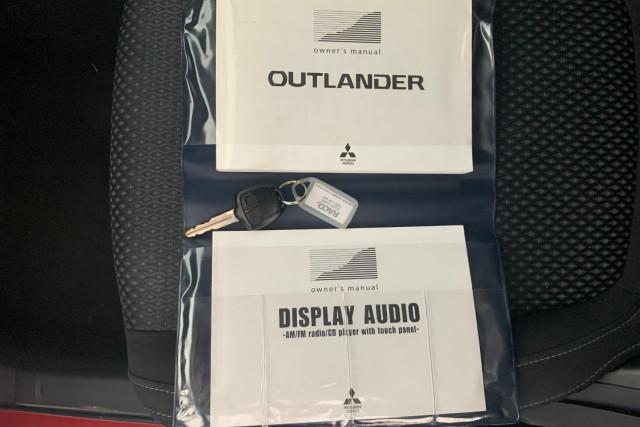 2016 Mitsubishi Outlander LS