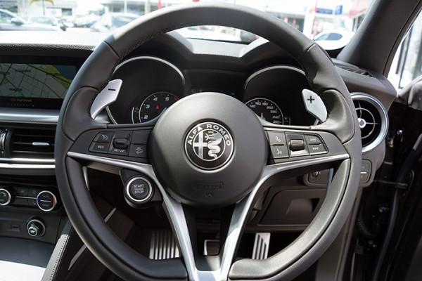 2018 Alfa Romeo Stelvio Stelvio Suv