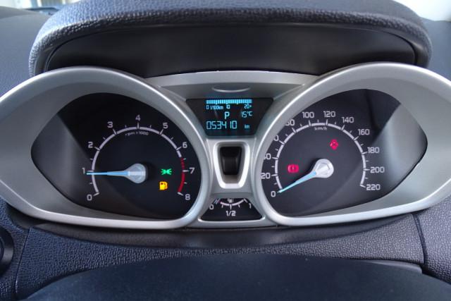 2016 Ford EcoSport Titanium 13 of 23