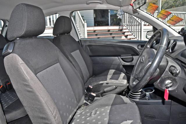 2005 Ford Fiesta WP LX Hatchback Image 10