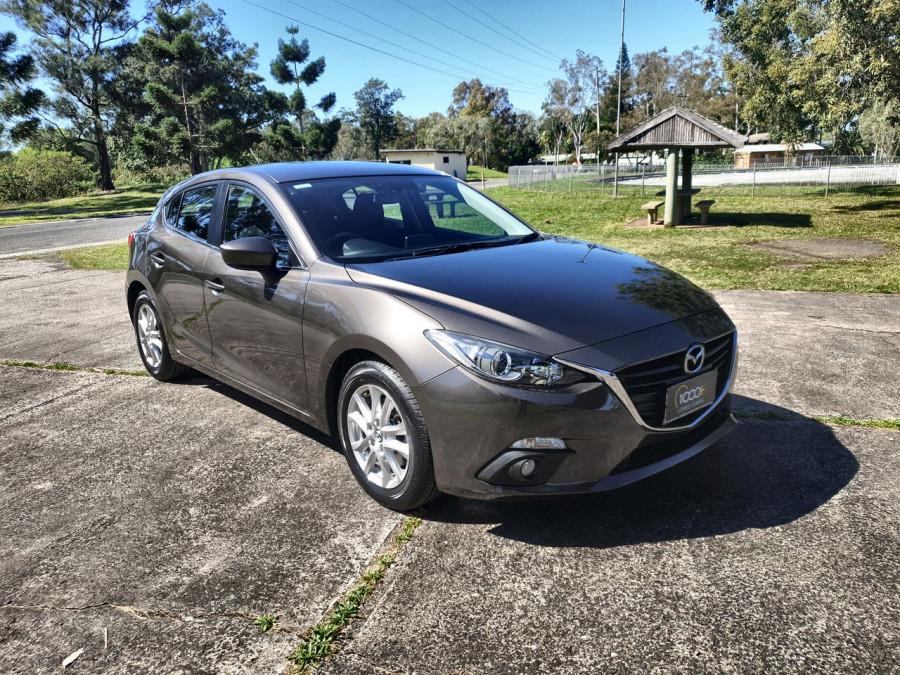 2015 Mazda 3 BM5476 Maxx Hatch Image 1