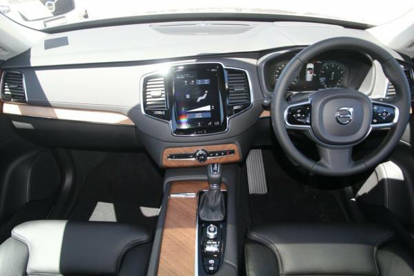 2020 MY21 Volvo XC90 256 MY21 T6 R-Design (AWD) Suv Image 5