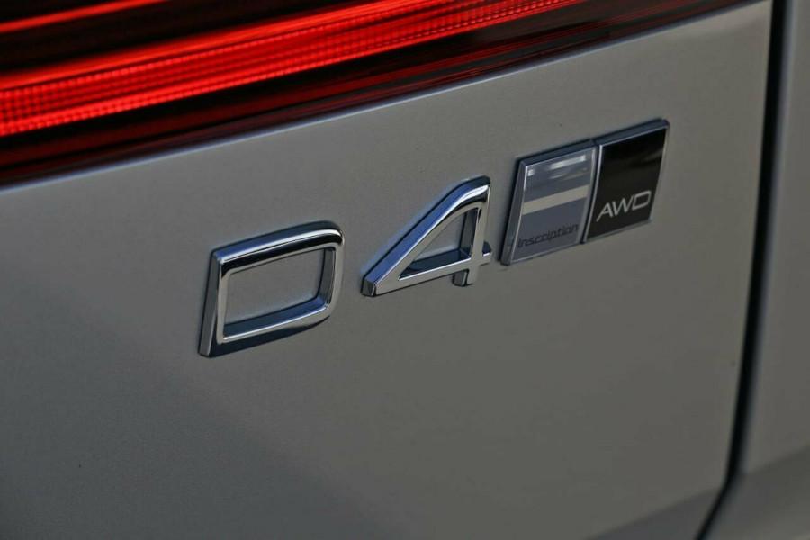 2019 Volvo XC60 UZ D4 Inscription Suv Mobile Image 10