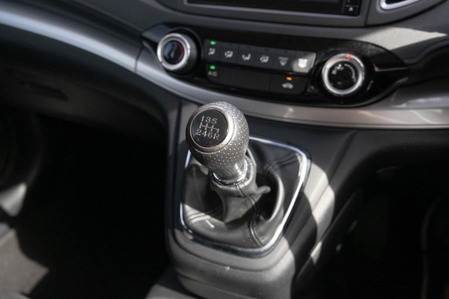 2017 Honda CR-V RM Series II  VTi Suv Image 21