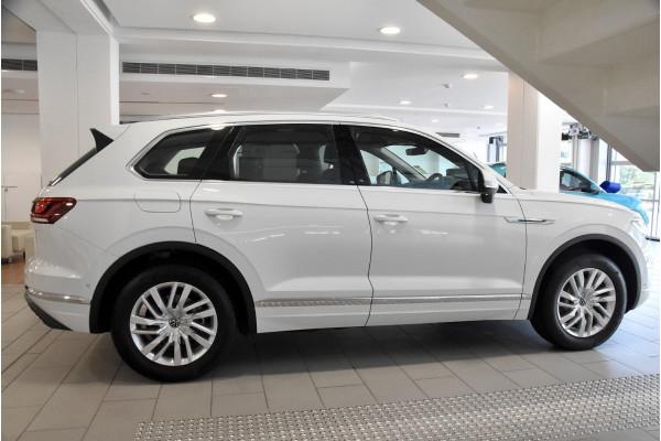 2020 MY21 Volkswagen Touareg CR 170TDI Suv Image 3