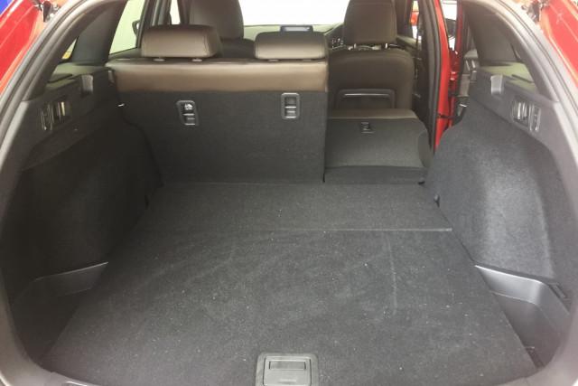 2019 Mazda 6 GL1033 Turbo Atenza Wagon Mobile Image 12