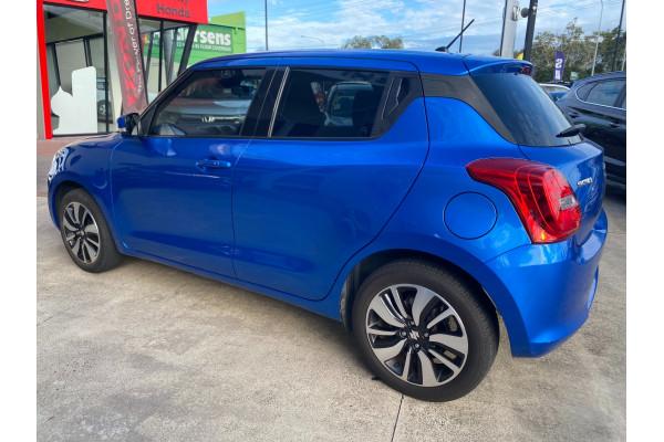 2017 Suzuki Swift AZ GLX Turbo Hatchback Image 4