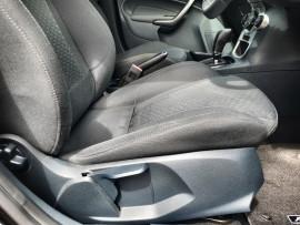 2012 Ford Fiesta WT Zetec Hatch Image 5