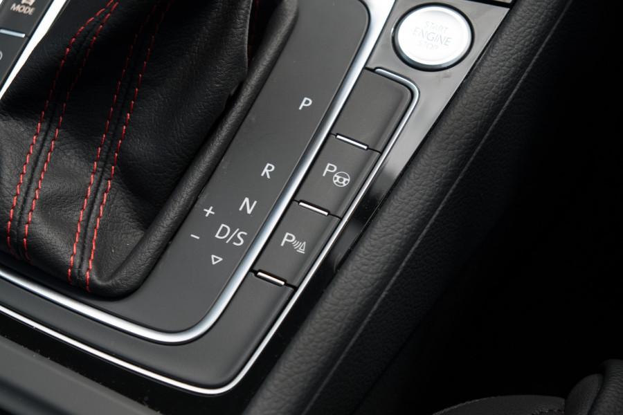 2020 Volkswagen Golf 7.5 GTI Hatch Image 30