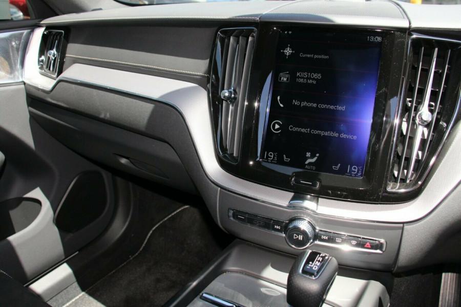 2018 MY19 Volvo XC60 UZ D5 R-Design Suv Mobile Image 9
