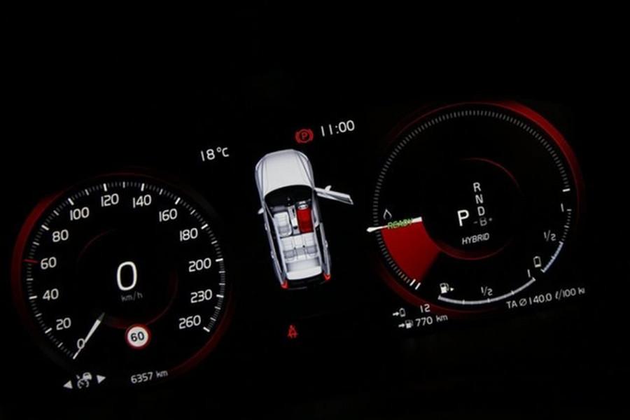 2020 MY21 Volvo XC60 UZ Recharge Suv Image 13