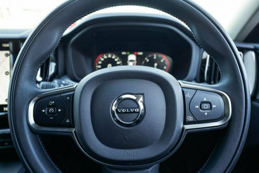 2019 MY20 Volvo XC60 UZ D4 Momentum Suv Image 29