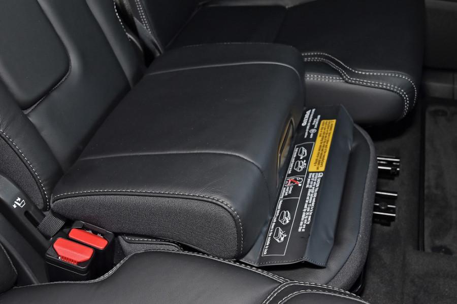 2019 Volvo XC90 L Series D5 Inscription Suv Mobile Image 20