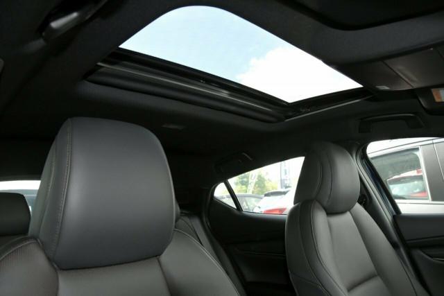 2020 Mazda 3 BP X20 Astina Hatch Hatchback Mobile Image 8