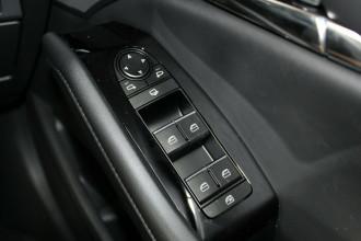 2021 Mazda 3 BP G20 Touring Hatchback image 28