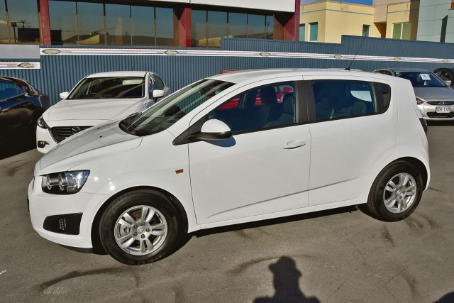 2016 Holden Barina TM MY16 CD Hatchback Image 5