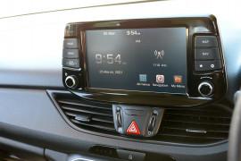 2017 MY18 Hyundai i30 PD Active Hatchback image 8