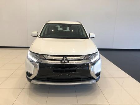 2017 Mitsubishi Outlander ZL ES ADAS Suv Image 3