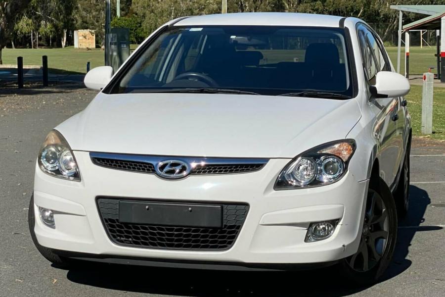 2012 MY11 Hyundai i30 FD MY11 Trophy Hatchback Image 22