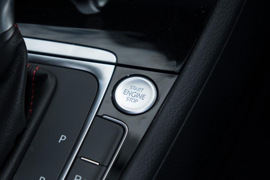 2020 Volkswagen Golf 7.5 GTI Hatch Image 31