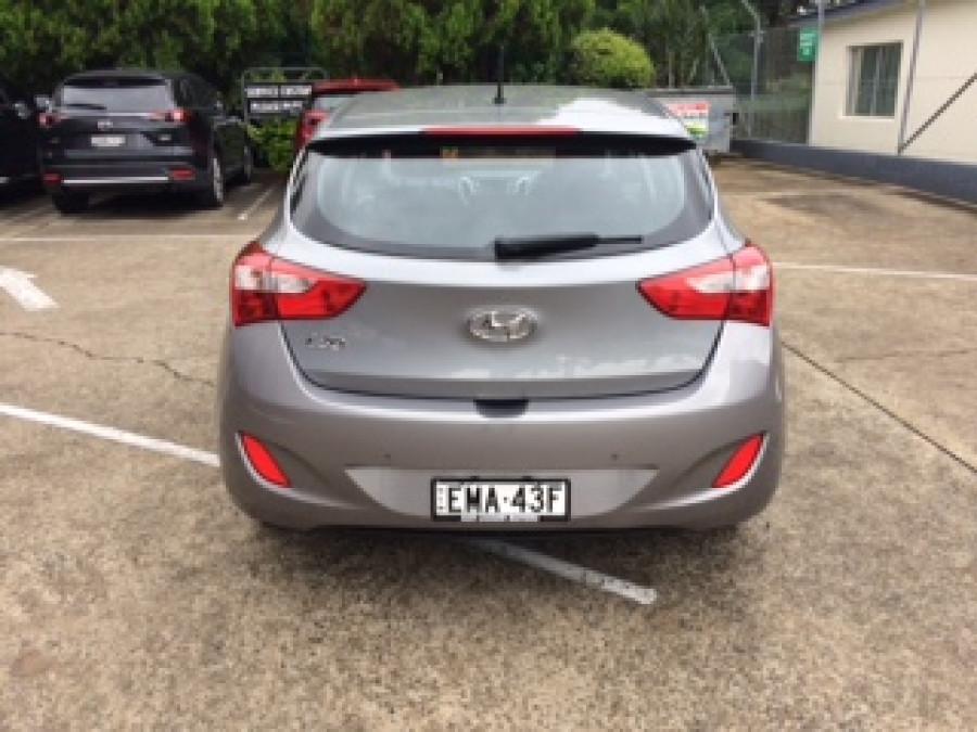 2014 Hyundai I30 GD2 Active Hatchback Image 3