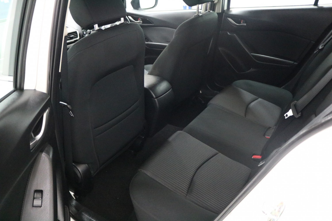 2016 Mazda 3 BM5478 MAXX Hatchback Image 6