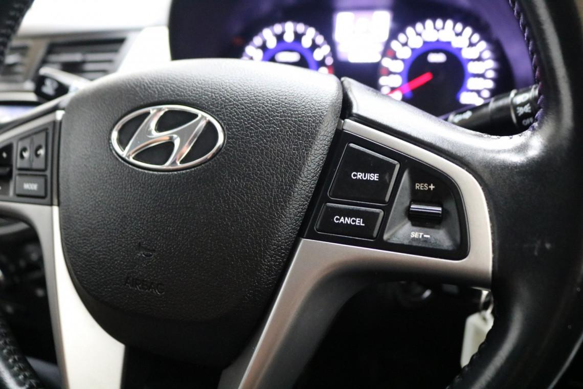 2018 MY19 Hyundai Accent RB6 MY19 SPORT Sedan Image 9
