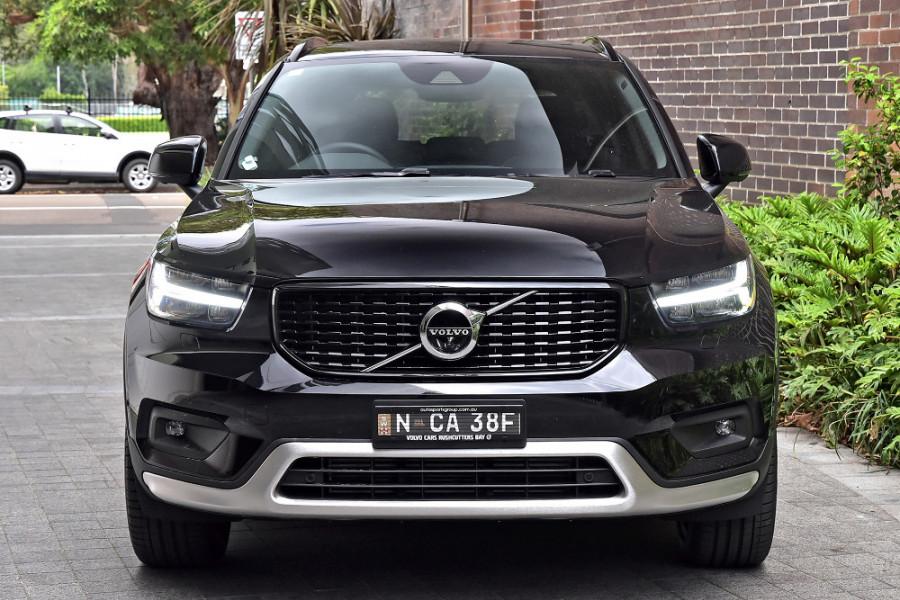 2020 Volvo XC40 XZ T5 R-Design Suv Mobile Image 6