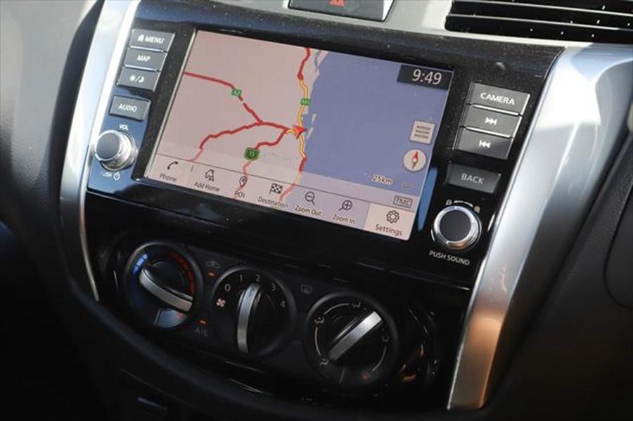 2021 Nissan Navara D23 Dual Cab ST Pick Up 4x2 Utility Image 16