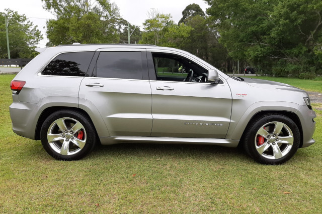 2014 MY15 Jeep Grand Cherokee WK  SRT Suv Image 5