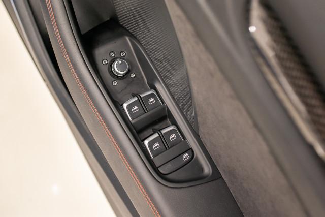 2016 Audi RS 3 Sportback 8V 2.5 TFSI Quattro S-tronic Hatchback Image 35