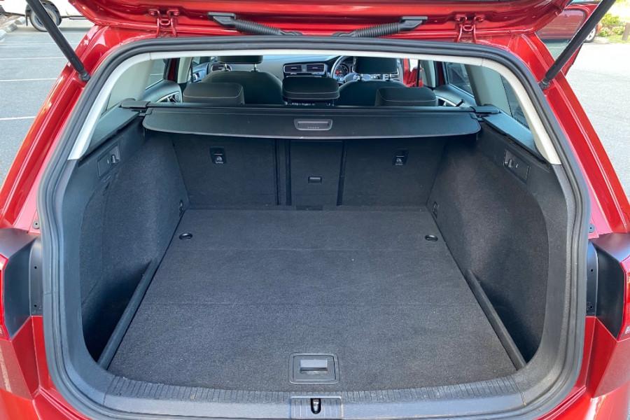 2014 Volkswagen Golf VII  110TDI Highline Wagon