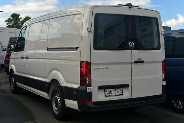 2018 Volkswagen Crafter SY1 Van MWB Standard Roof Van Image 4