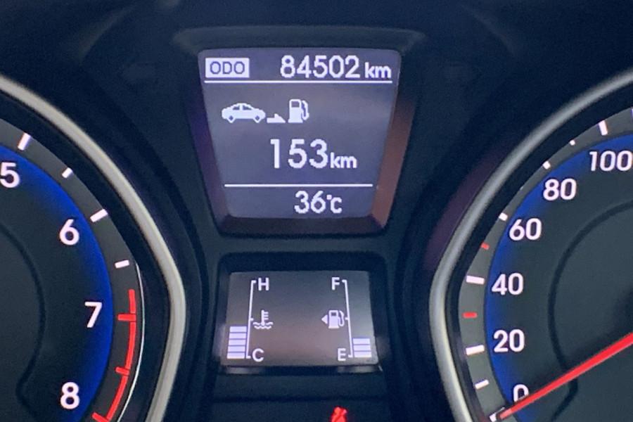 2013 Hyundai I30 GD Active Hatch Image 8