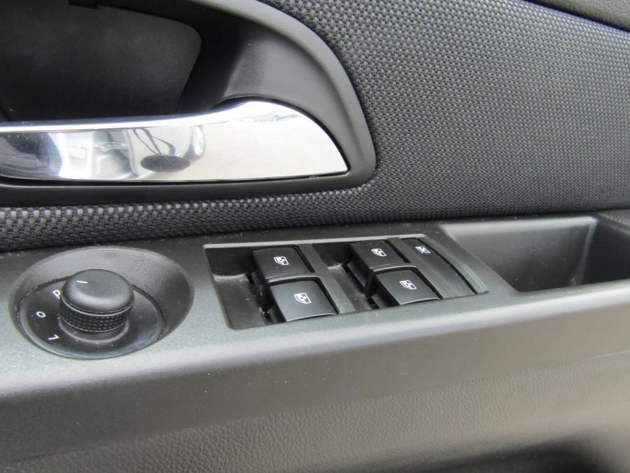 2015 Holden Cruze JH SERIES II MY15 EQUIPE Sedan Image 24