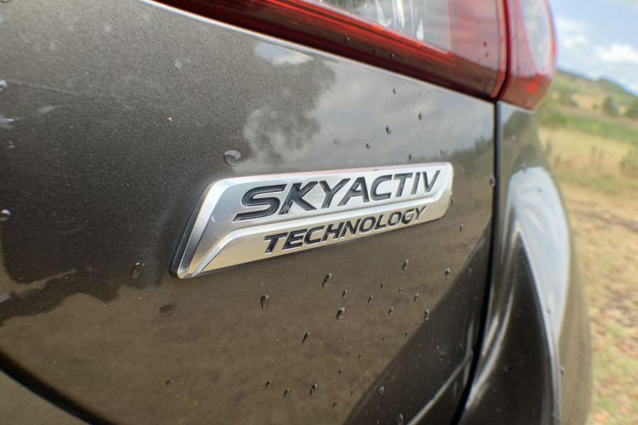 2014 Mazda 3 BM5438 SP25 Hatch Image 16