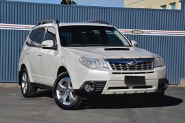 Subaru Forester 2.0D Premium S3 MY12