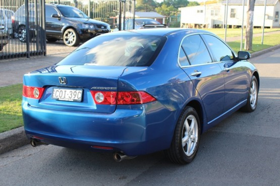 2004 Honda Accord Euro CL Sedan