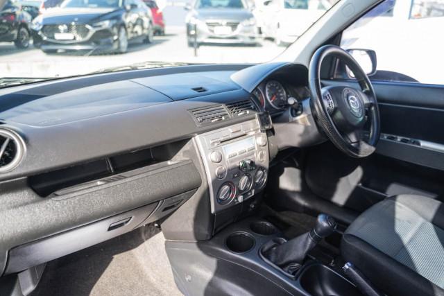 2005 Mazda 2 DY Series 1 Maxx Hatchback Image 11