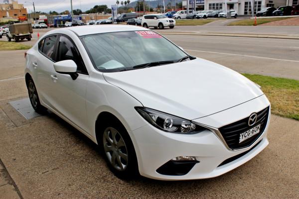 2014 Mazda Mazda3 BM5276 Neo Sedan Image 4