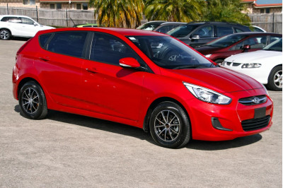 2015 Hyundai Accent RB3 MY16 Active Hatchback Image 3