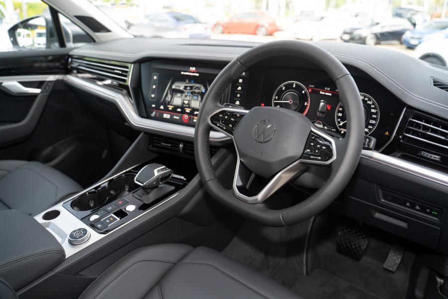 2020 MY21 Volkswagen Touareg CR 170TDI Suv Image 6